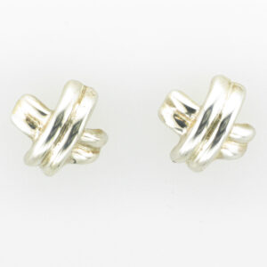 These sterling silver earrings have an X shape.