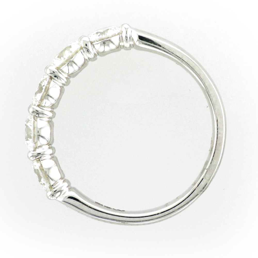 white gold ring has 5 diamonds with a total weight of 1.59 carats and a rating of G/SI. ring is size 6.5.