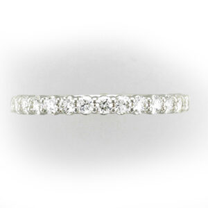 14 karat white gold band 15 diamonds with the total weight of 0.55 carats