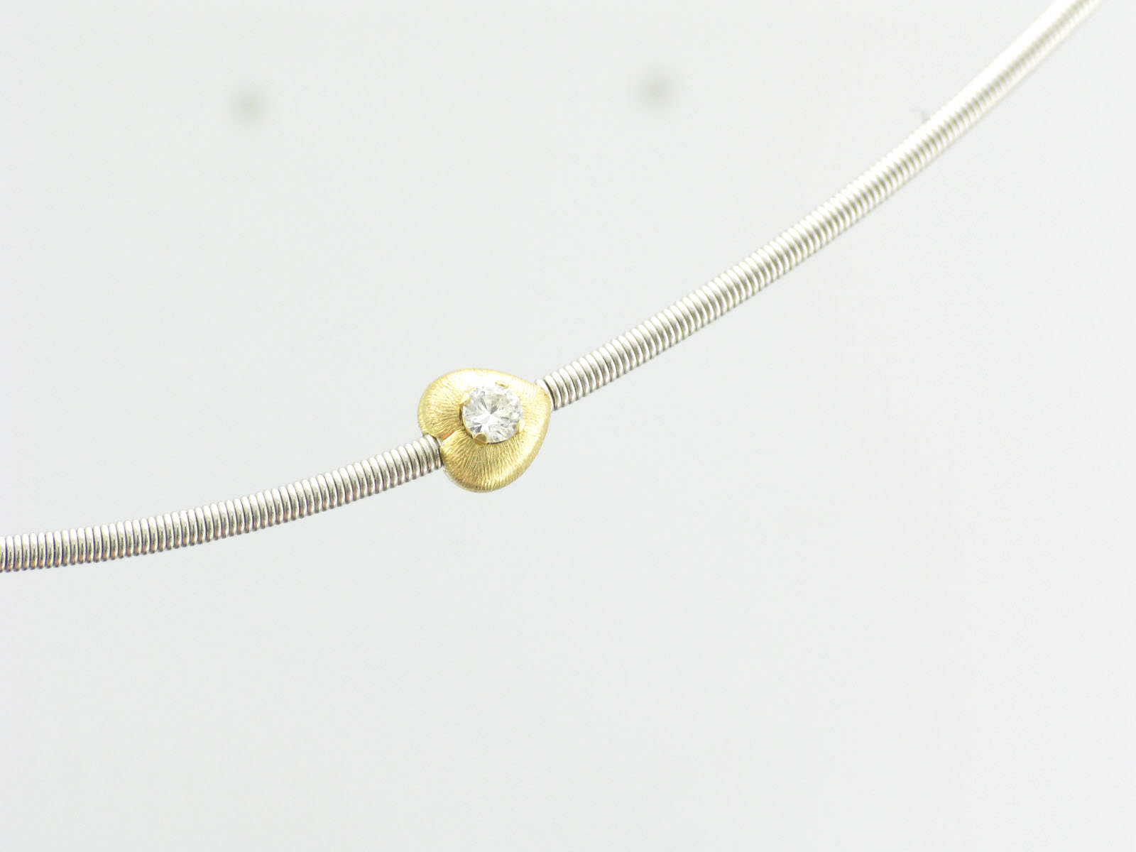 Wire Necklace with Gold Hearts