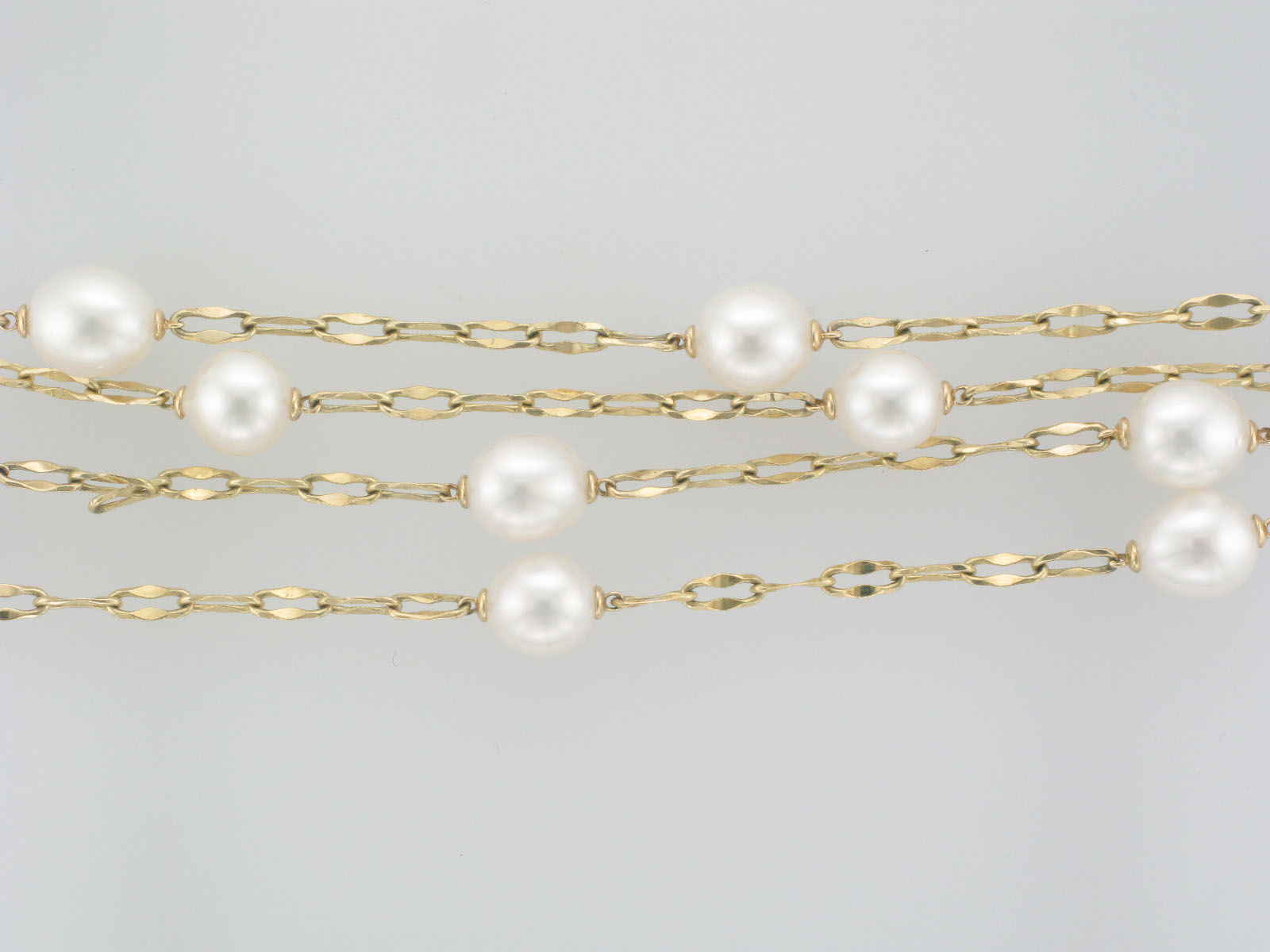 Open Link Necklace With Pearls